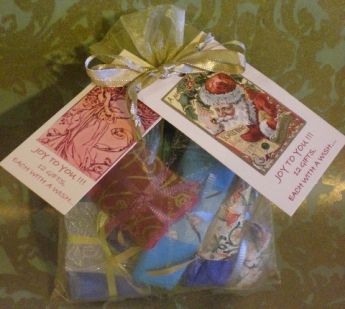santafied gift bag
